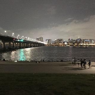 0505han-river.JPG